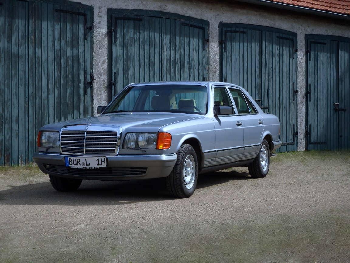 Ein schöner alter Mercedes (Old-Timer)